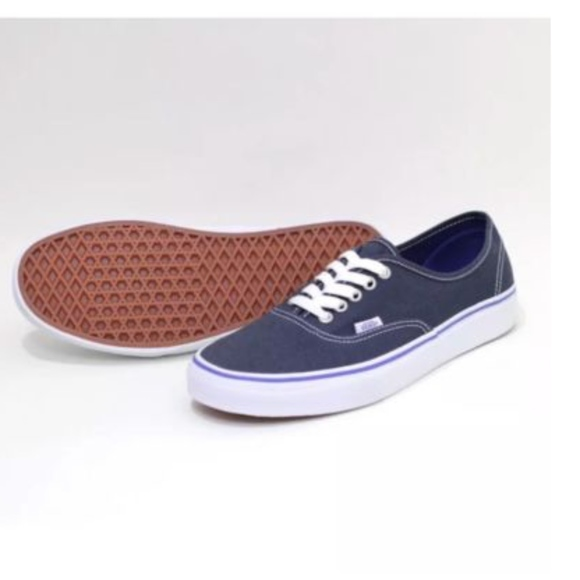 bc0a213457 Vans Authentic Midnight Navy True White Shoes🌹